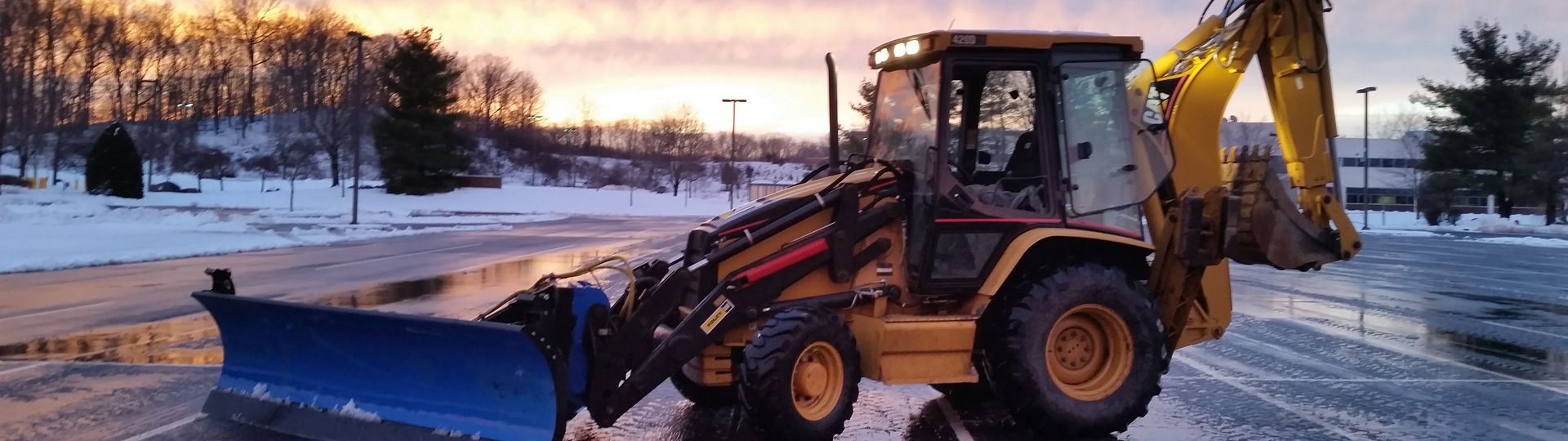 Snow & Ice management by Lakeland Landscaping