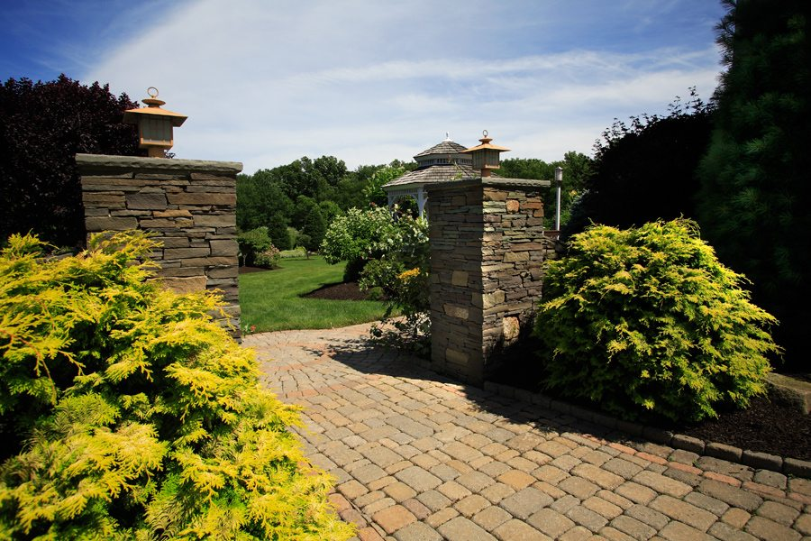 Natural Stone Stacked Pillars and Walkway in Randolph nj